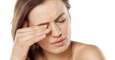 Шелушение кожи на бровях