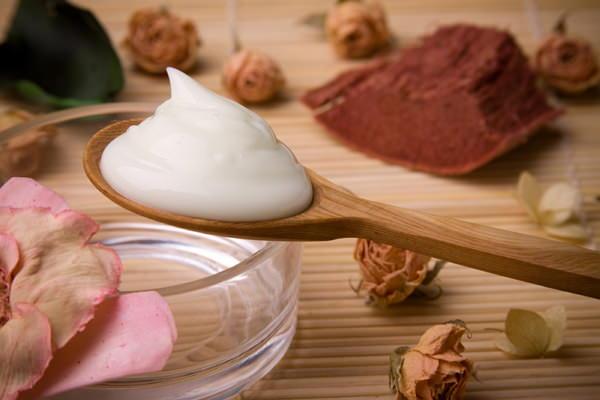 Как приготовить крем для рук в домашних условиях