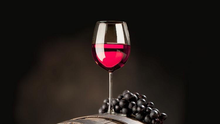 Энотерапия: целебный эффект вина
