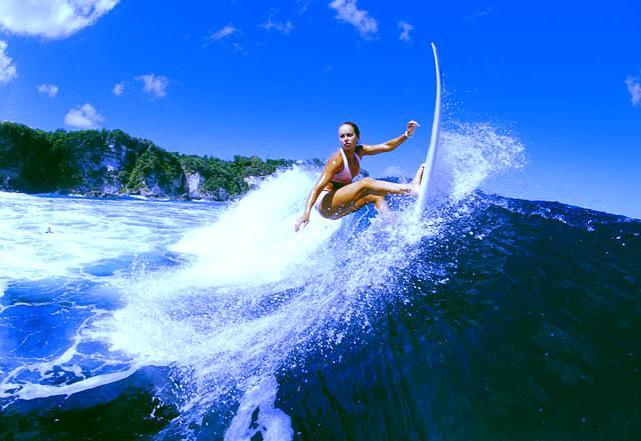 Серфинг - на гребне волны
