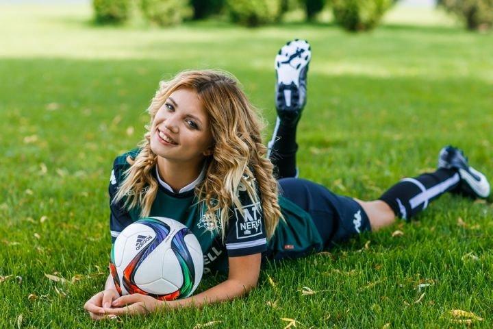 Можно ли любить футбол?