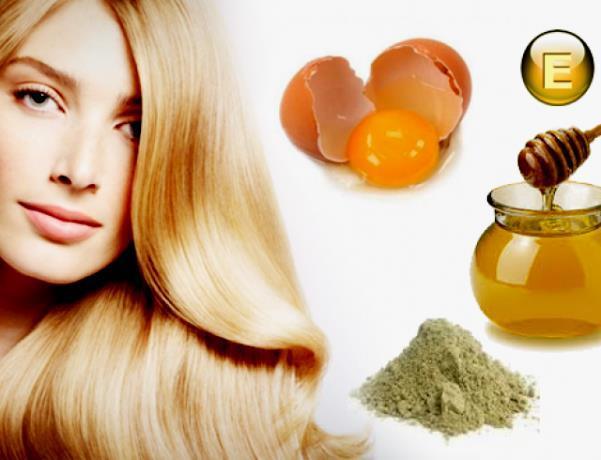 Девушка, разбитое яйцо и масло с витамином Е