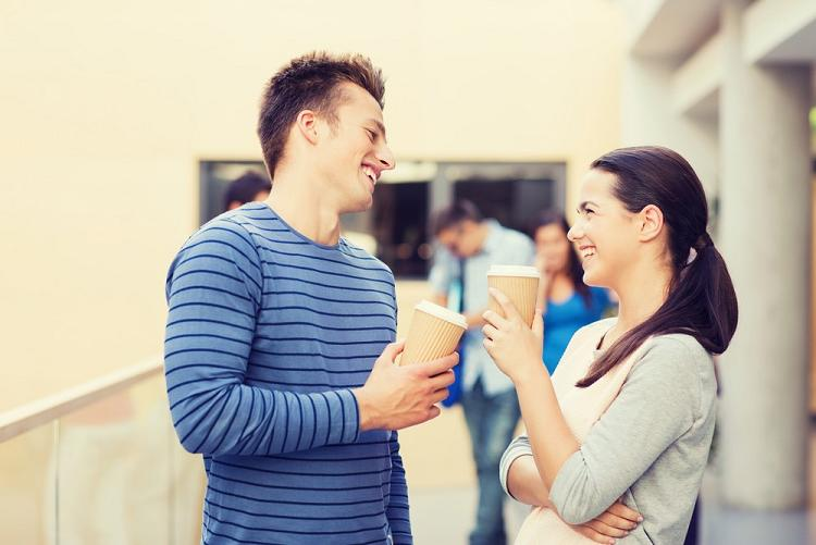 О чем разговаривать с девушкой