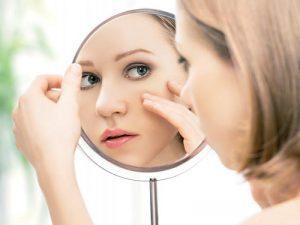 Уход за молодой и сухой кожей лица