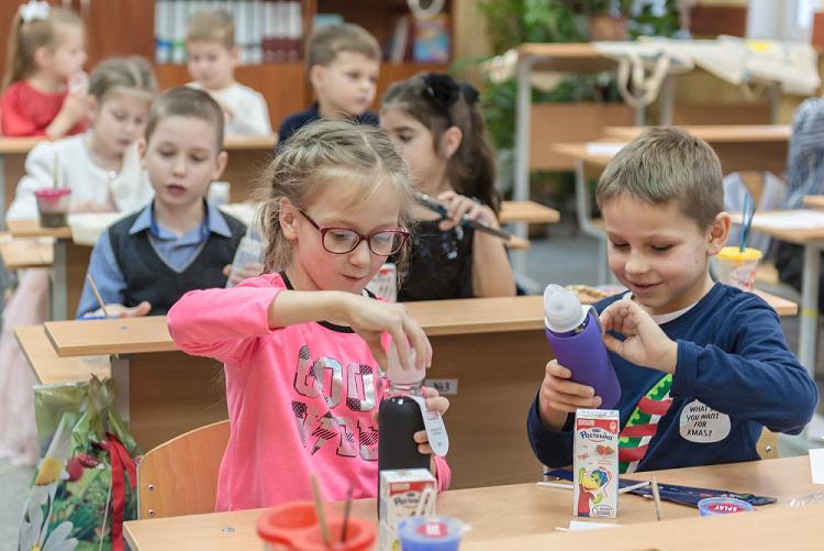 Помощь детских игрушек в изучении школьных предметов