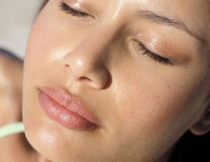 Уход за жирной и проблемной кожей лица