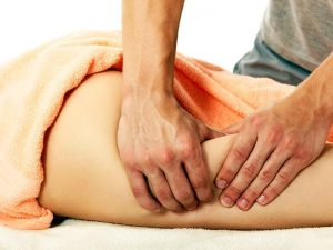Лечение целлюлита: массаж и банки