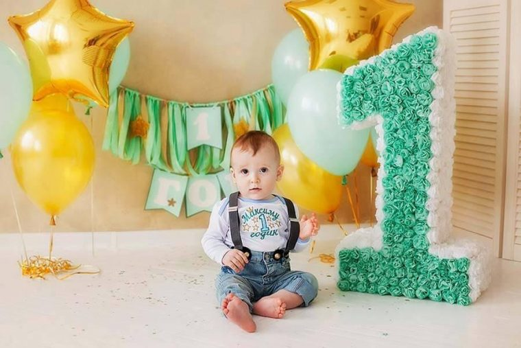 Какой выбрать подарок на 1 год мальчику