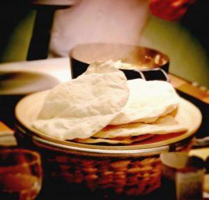 Пита — дрожжевые лепешки: кулинарный рецепт с фото