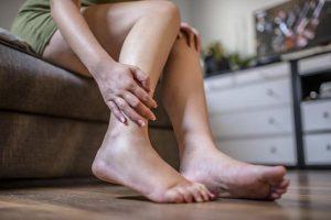 Что делать, если отекают ноги