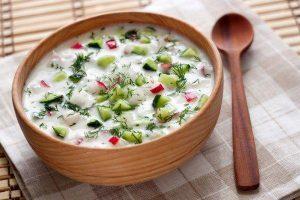 Диетическая окрошка на кефире – блюдо, которое разнообразит ваше меню