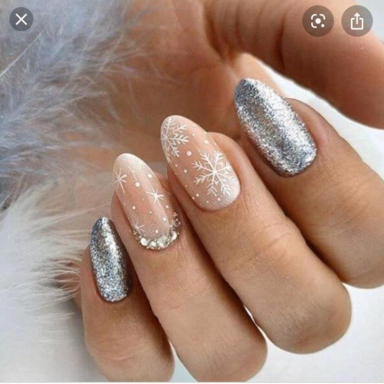Каким должен быть новогодний дизайн ногтей?